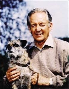 James Herriot and a dog with something more interesting to look at.